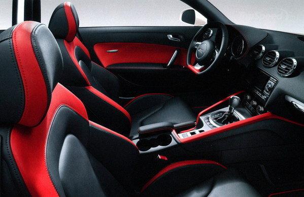 2014-Audi-TT-Interior